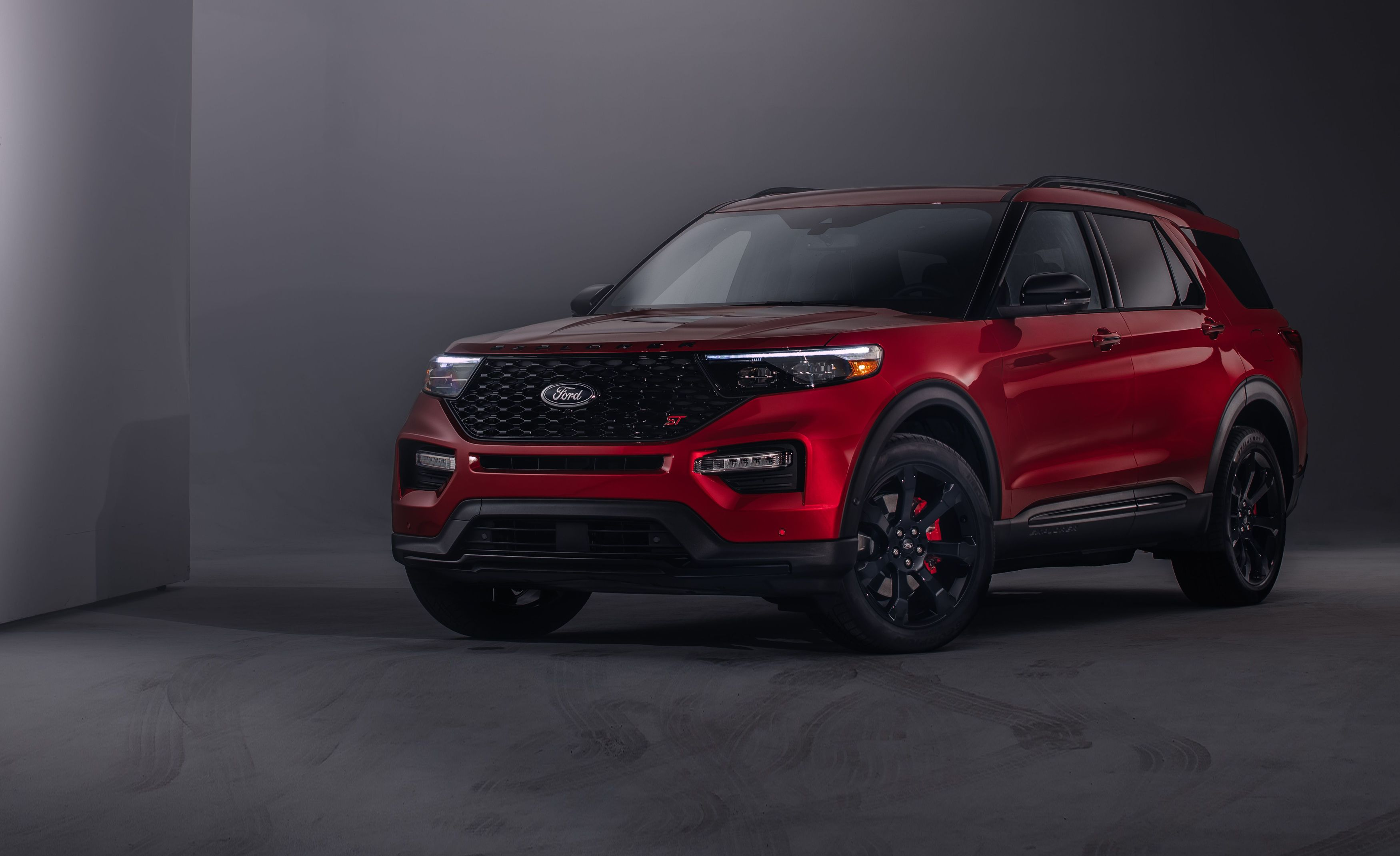 The  Ford Explorer St Brings A Little Heat To The Three Row Suv Segment