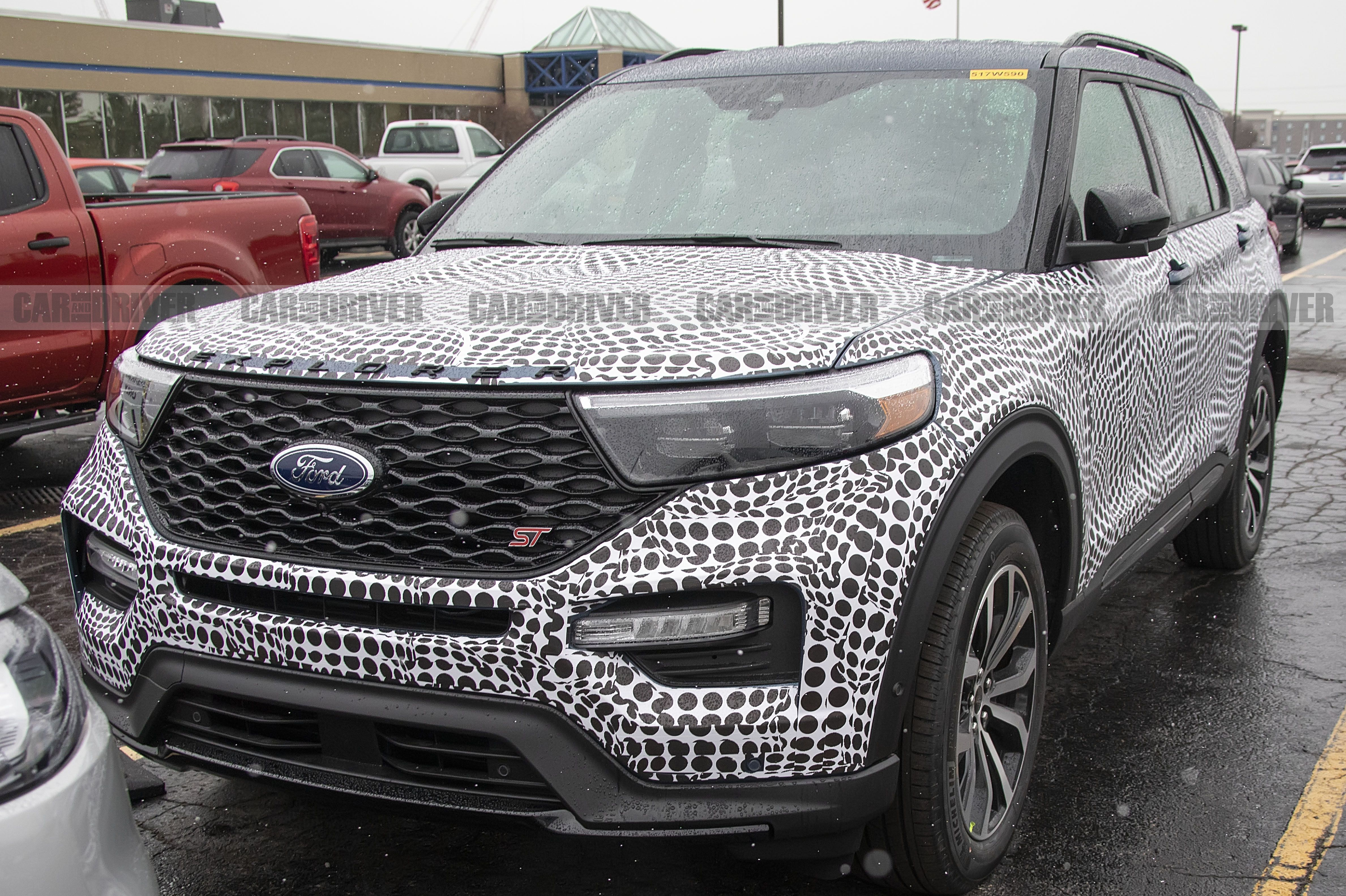 2020 ford explorer st spy photos new sporty suv