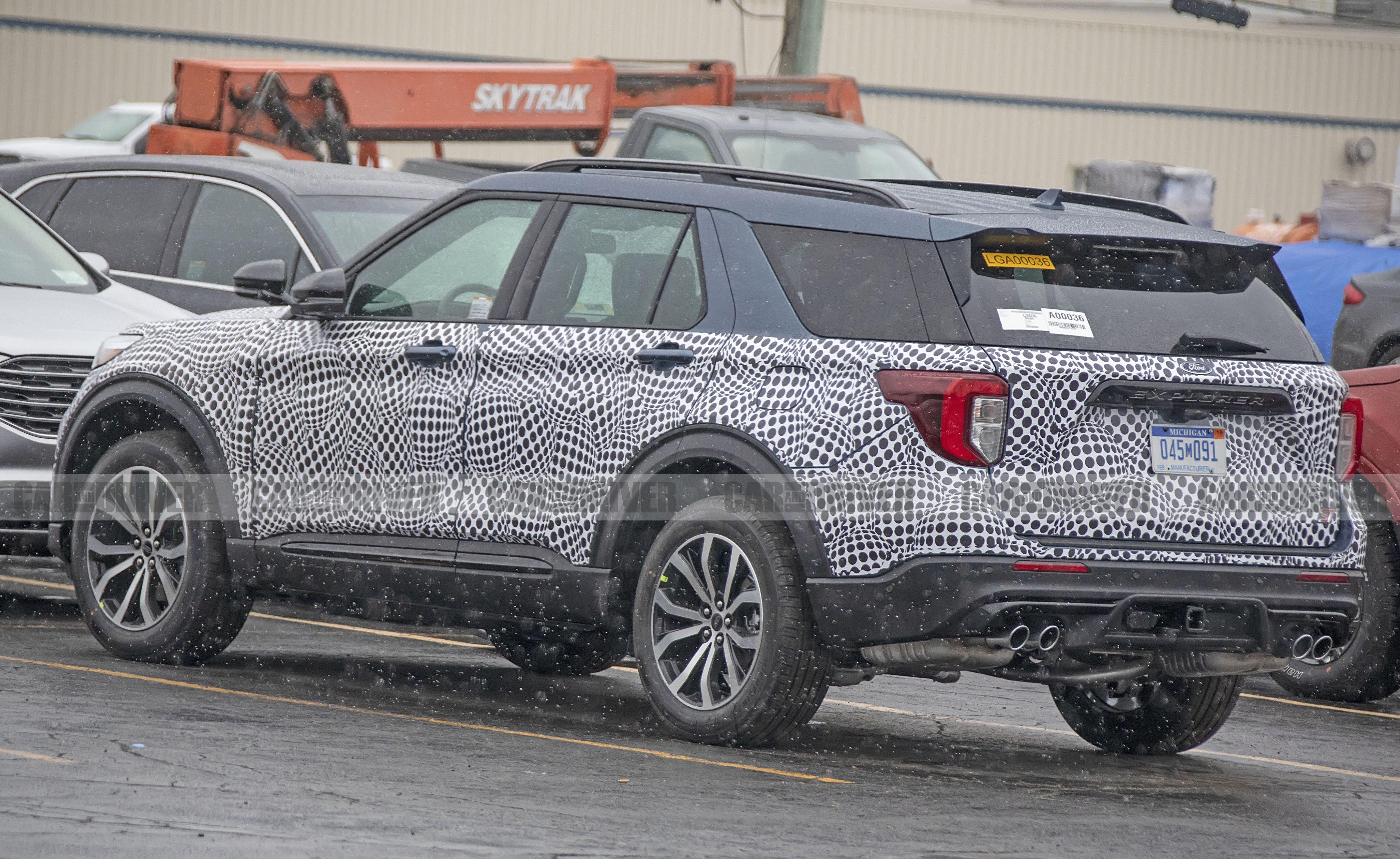 Ford Explorer 2017 Interior >> 2020 Ford Explorer ST Spy Photos – New Sporty SUV