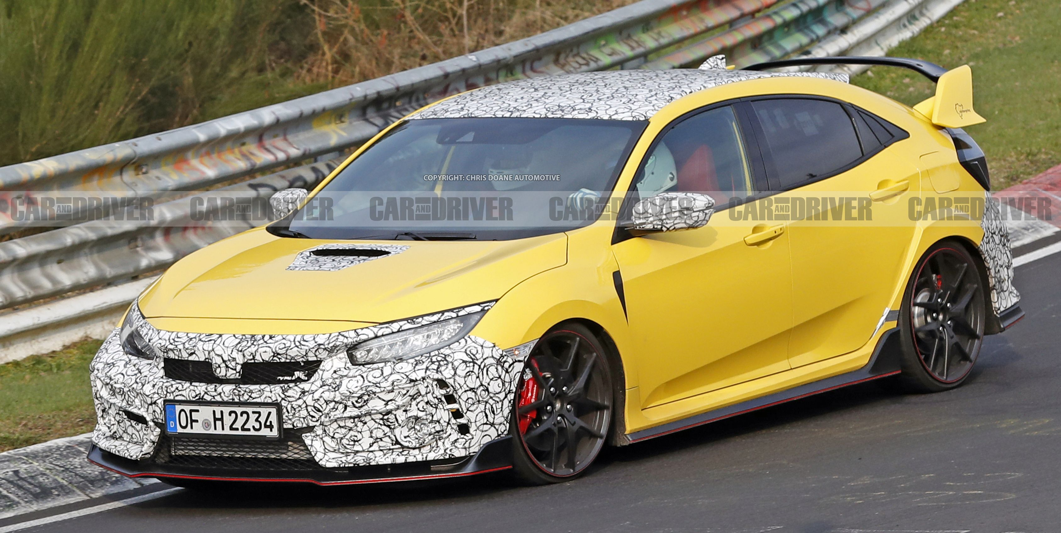 The Honda Civic Type R Might Be Getting a Throwback Color and a Smaller Rear Wing