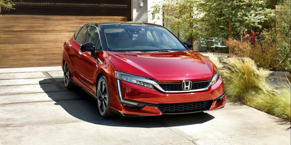 2020 Honda Clarity Review, Pricing, and Specs
