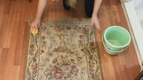 The Best Way to Clean an Area Rug