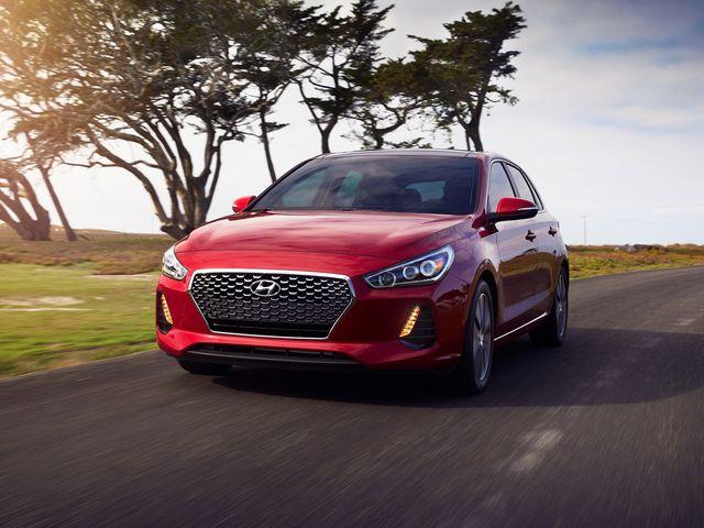 2020 Hyundai Elantra Gt Review Pricing And Specs
