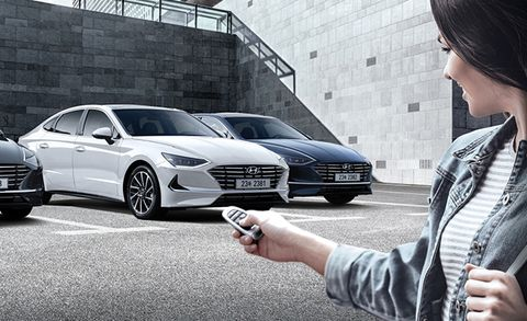 2020 Hyundai Sonata parking