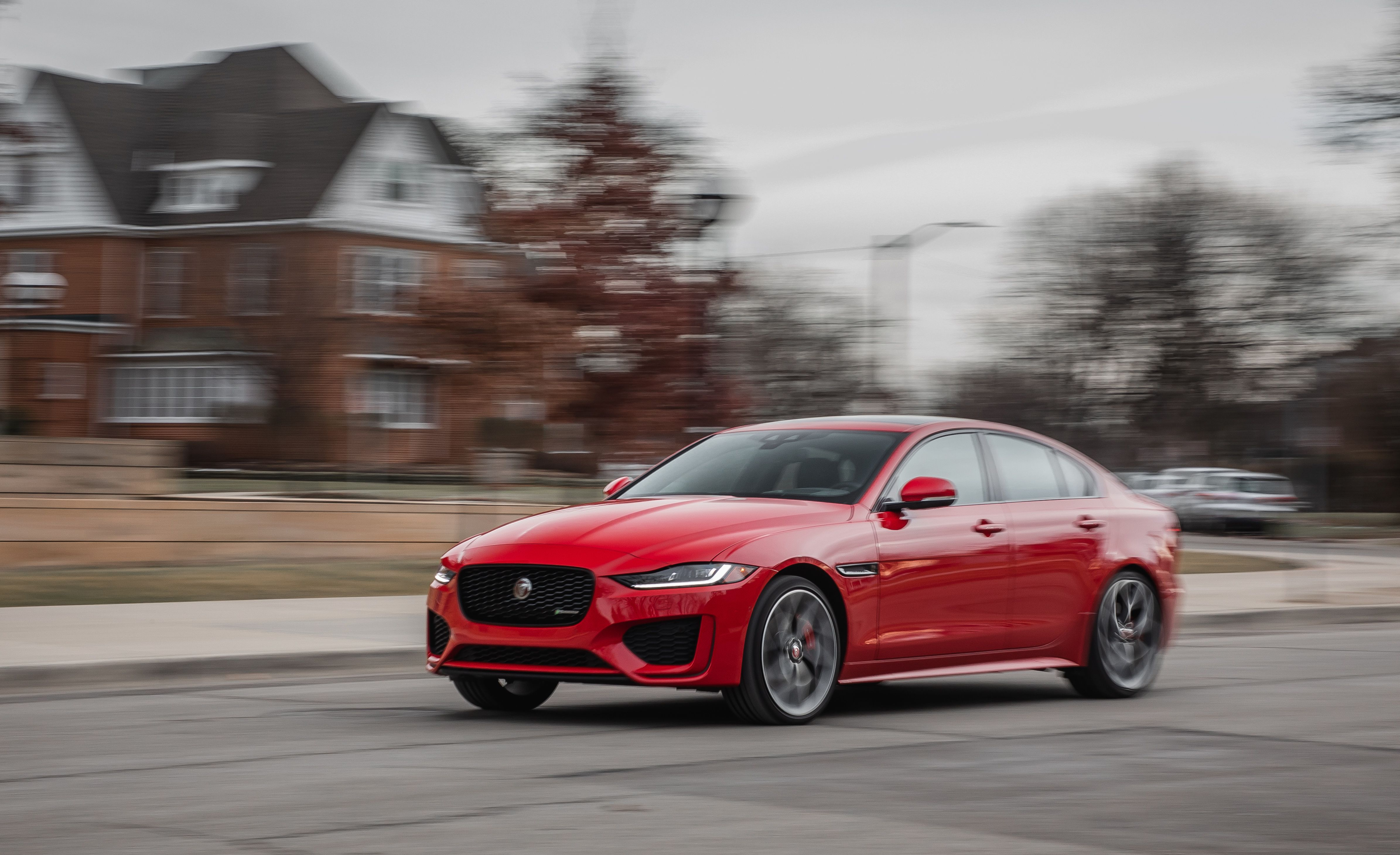2020 Jaguar Xe Sedan Review