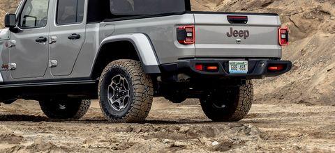 2020 jeep gladiator mojave rear