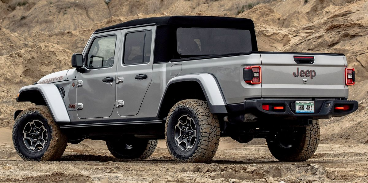 Jeep Recalls 43,000 Wranglers, Gladiators with Manual Transmissions