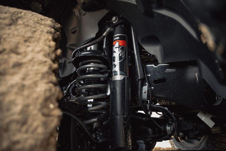 [Image: 2020-jeep-gladiator-mojave-4x4-265-15870...size=768:*]