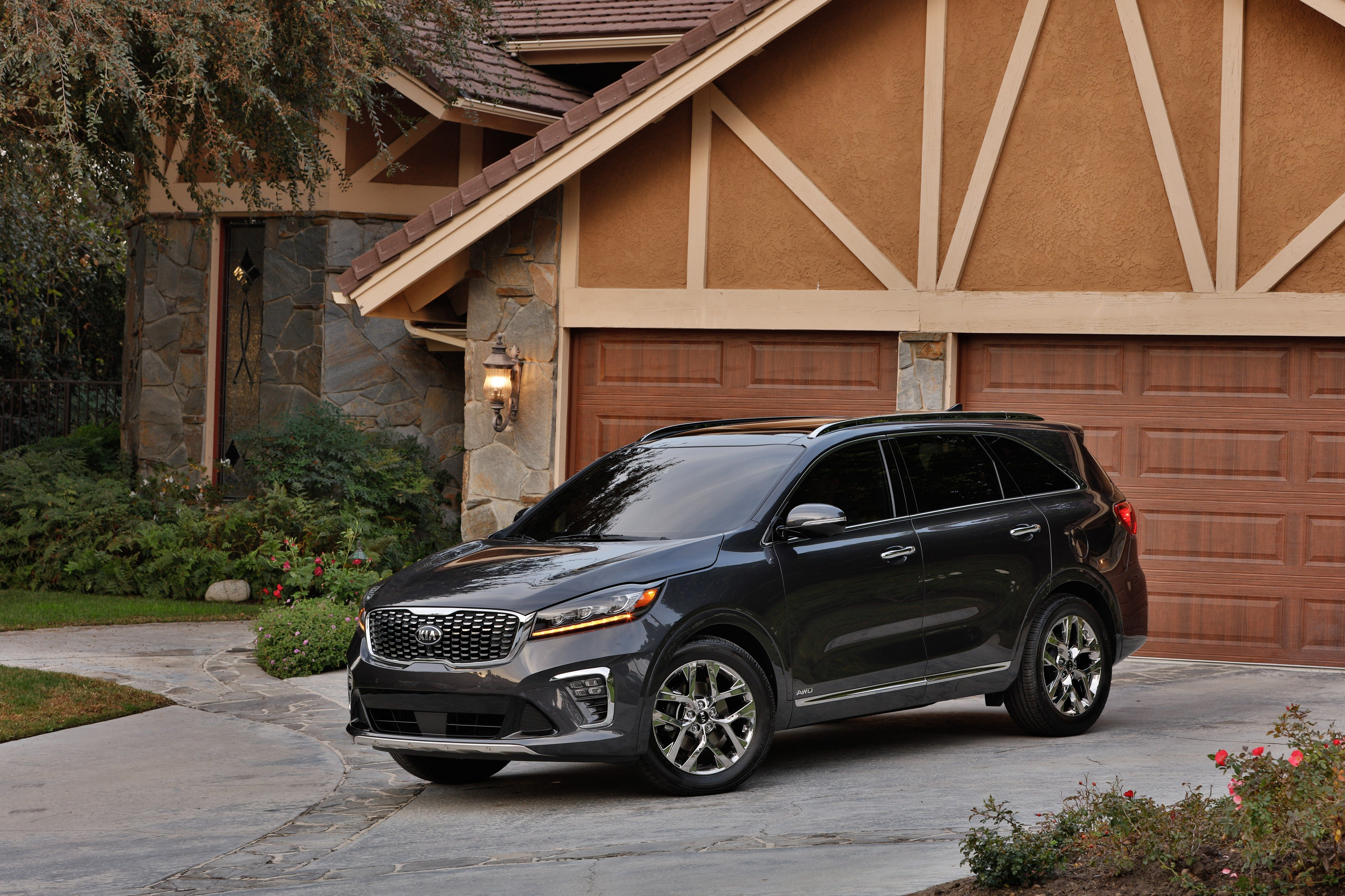 2020 kia sorento review pricing and specs car and driver