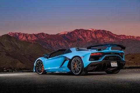 Land vehicle, Vehicle, Car, Supercar, Sports car, Automotive design, Lamborghini aventador, Lamborghini, Performance car, Luxury vehicle,