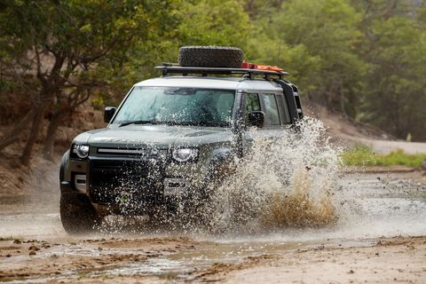 Land vehicle, Vehicle, Off-roading, Car, Regularity rally, Off-road vehicle, Mitsubishi pajero, Mud, Sport utility vehicle, Mitsubishi,