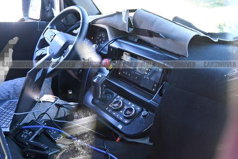 New Land Rover Defender SUV Interior Revealed by Spy Photos