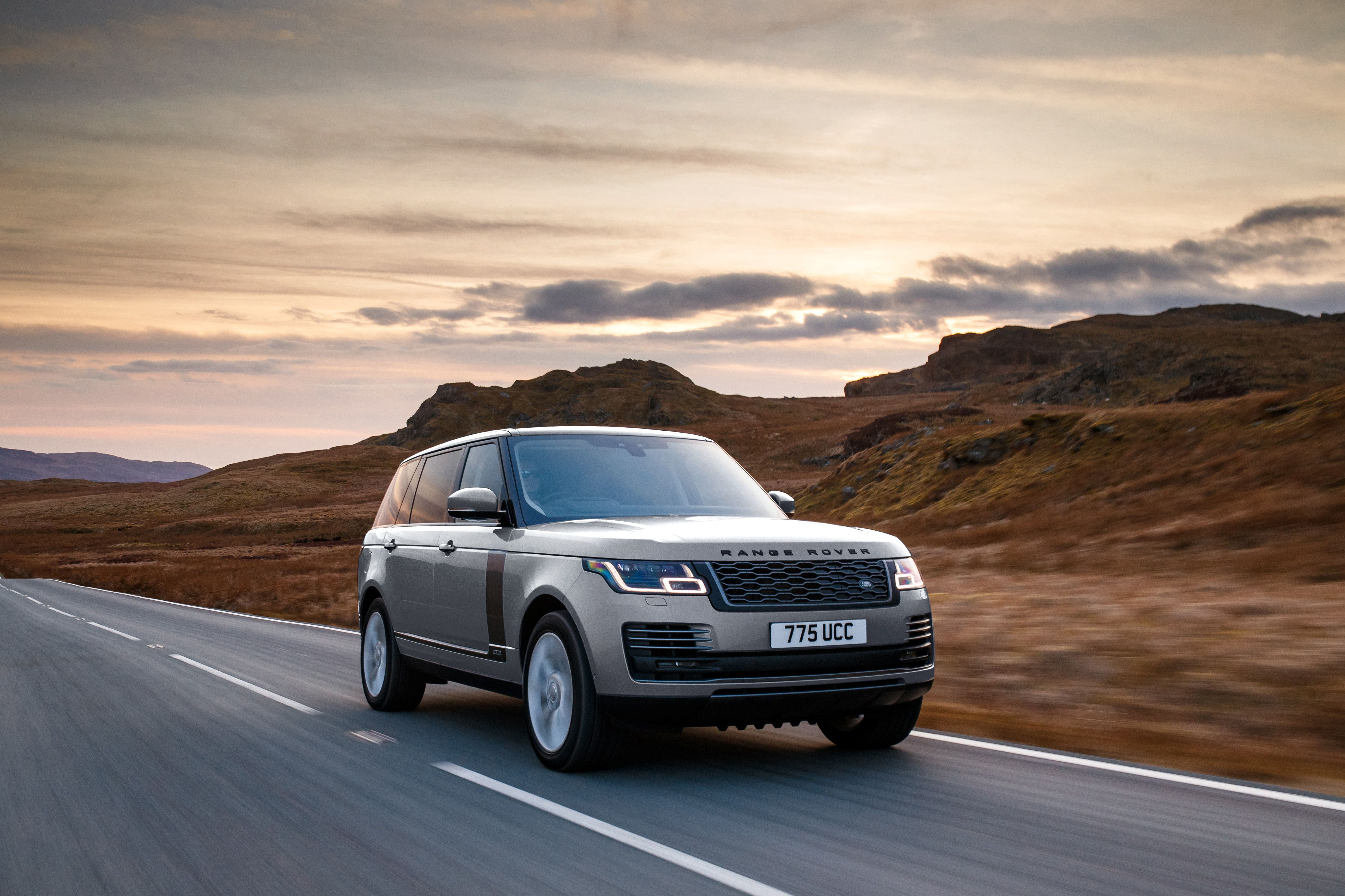 NEW GENUINE LAND ROVER /& RANGE ROVER SERVICE BOOK ALL MODELS NO REPLACEMENT