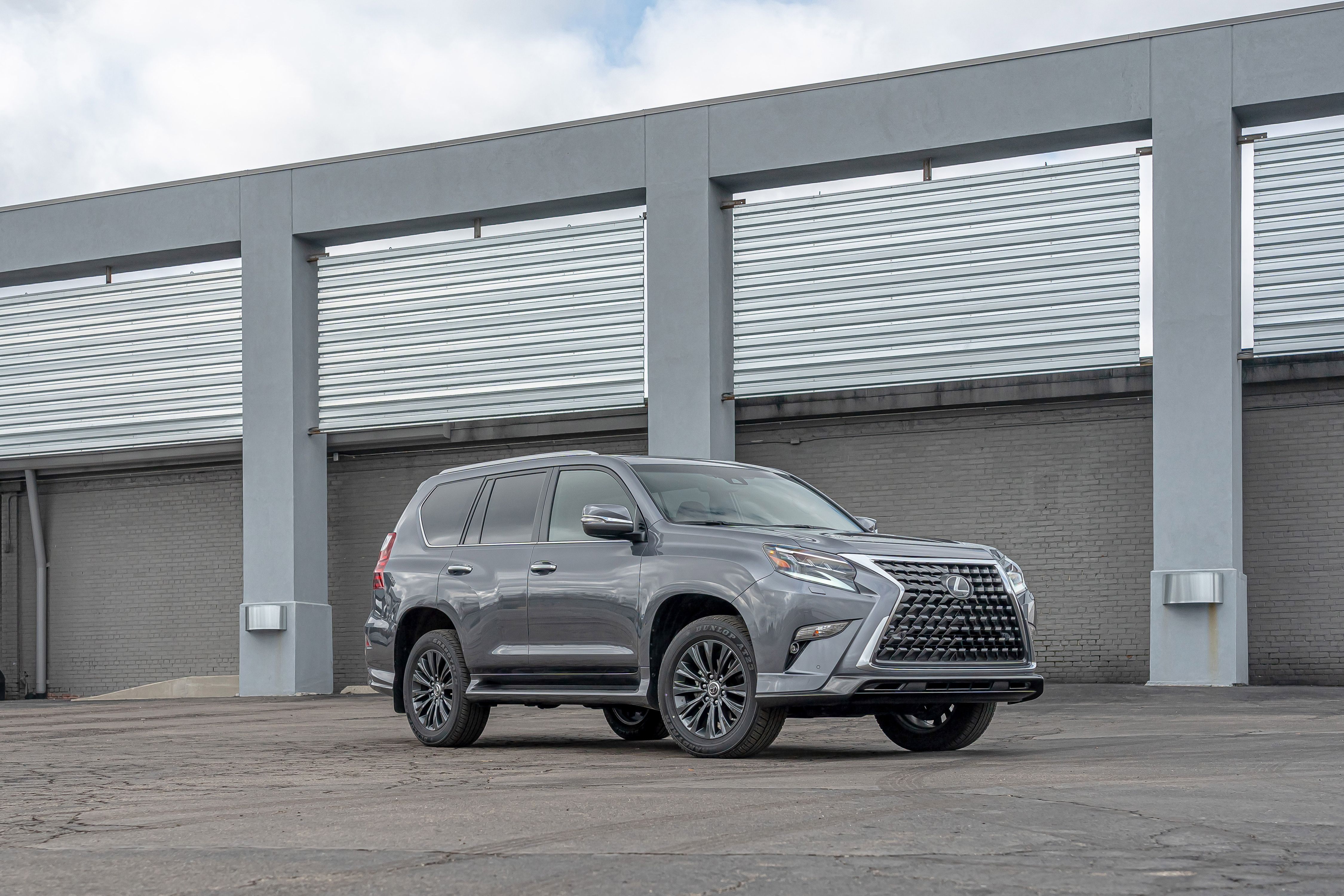 Tested 2020 Lexus Gx460 Is A Grille Hiding An Old Suv