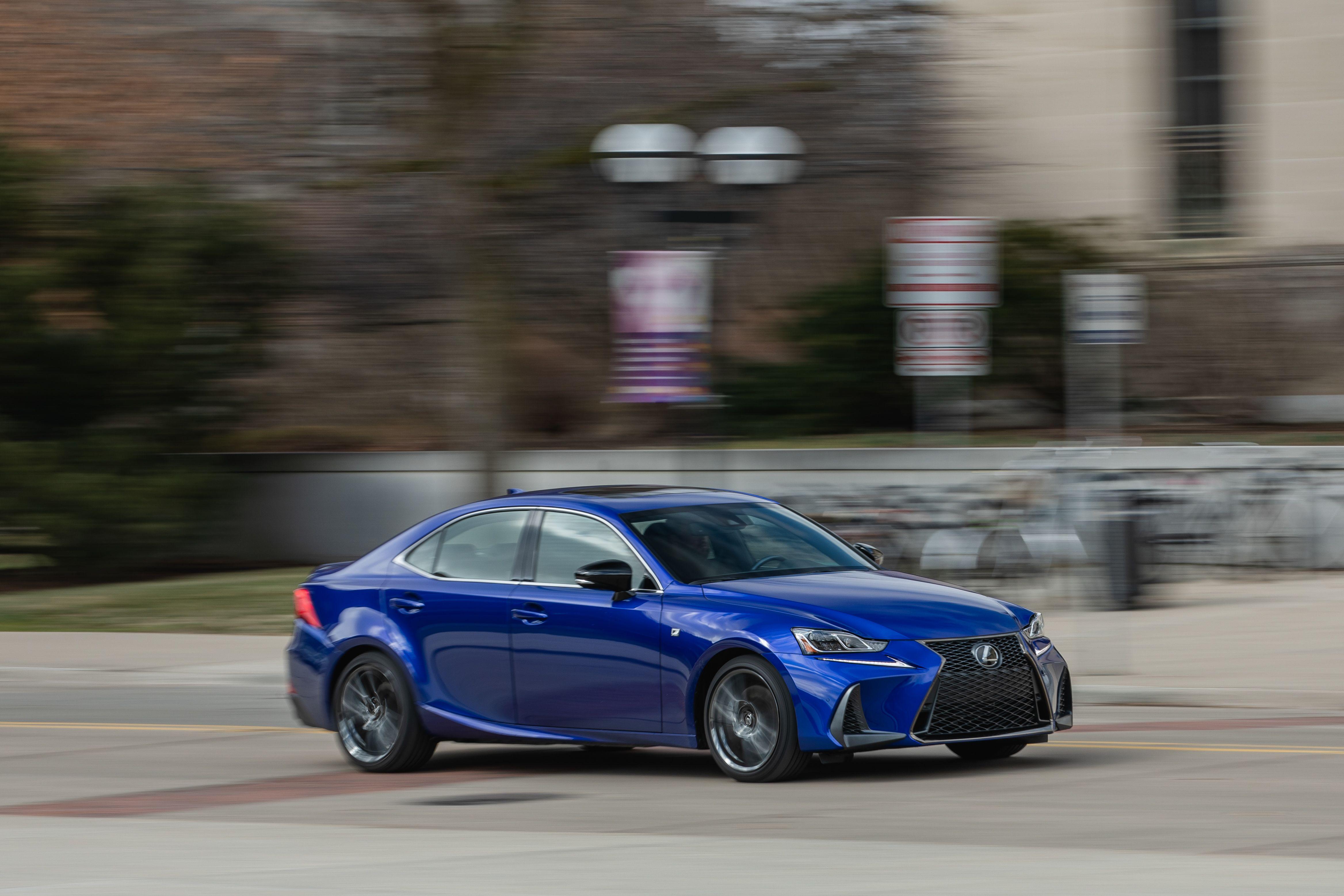 2020 Lexus IS 250 Ratings