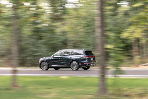 Land vehicle, Vehicle, Car, Regularity rally, Range rover, Range rover evoque, Sport utility vehicle, Automotive design, Luxury vehicle, Compact sport utility vehicle,