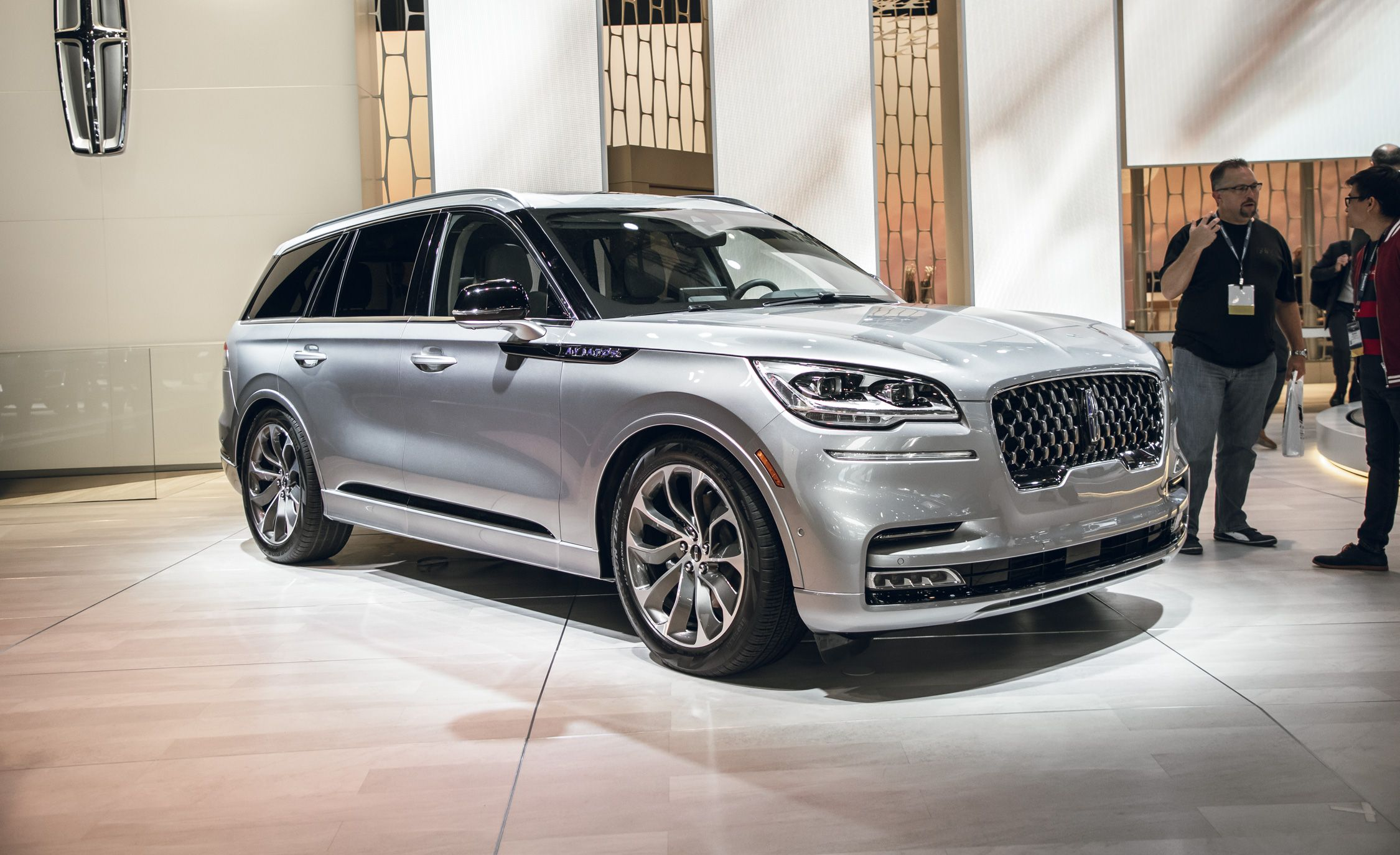 The 2020 Lincoln Aviator New Mid Size Luxury Suv