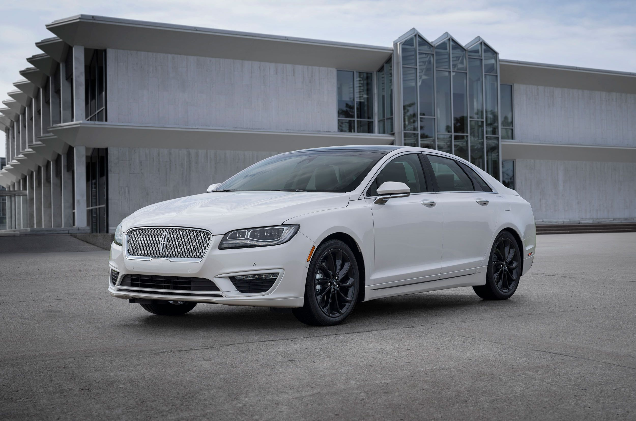 2020 Lincoln MKZ Research New