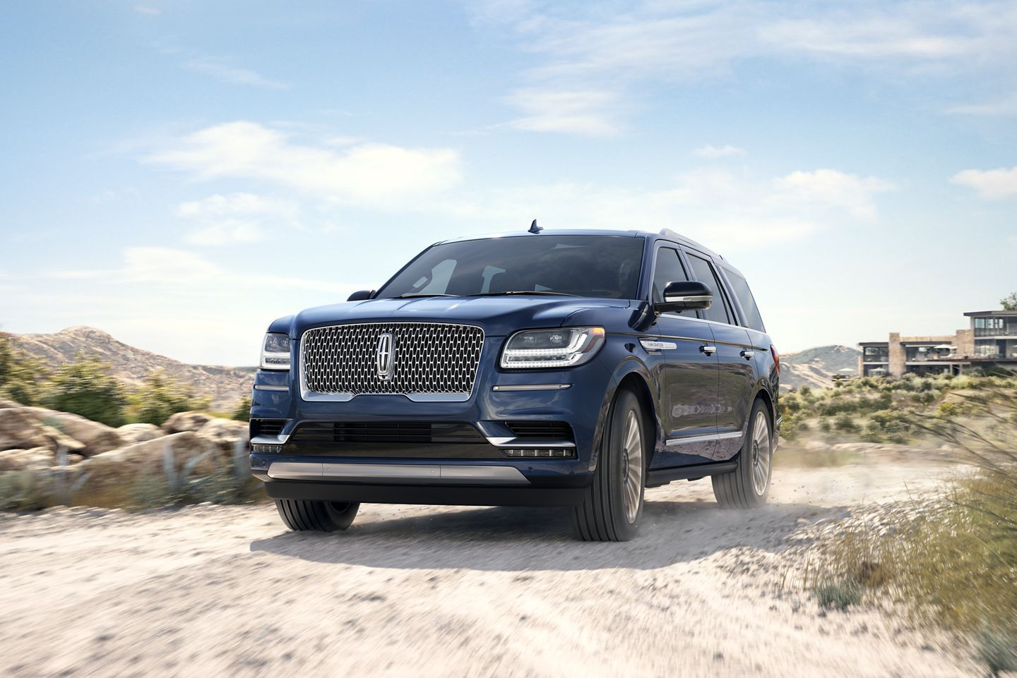 2020 Lincoln Navigator Review Pricing And Specs