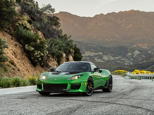Lotus Sports Car >> 2020 Lotus Evora Gt Review Pricing And Specs