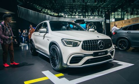 Land vehicle, Vehicle, Car, Motor vehicle, Automotive design, Auto show, Mid-size car, Performance car, Sport utility vehicle, Crossover suv,