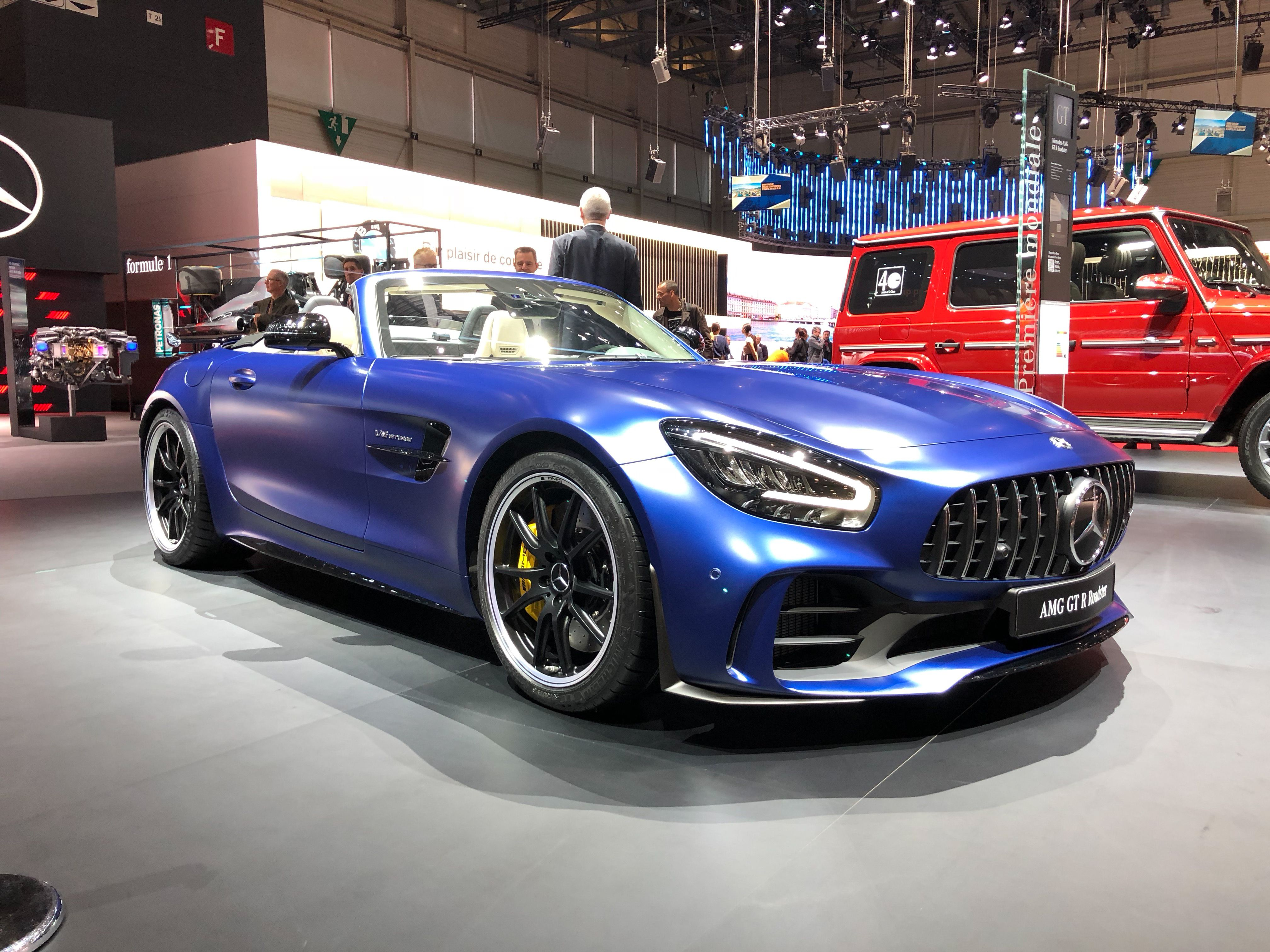 2020 Mercedes Amg Gt R Roadster Costs 27 000 More Than The Coupe
