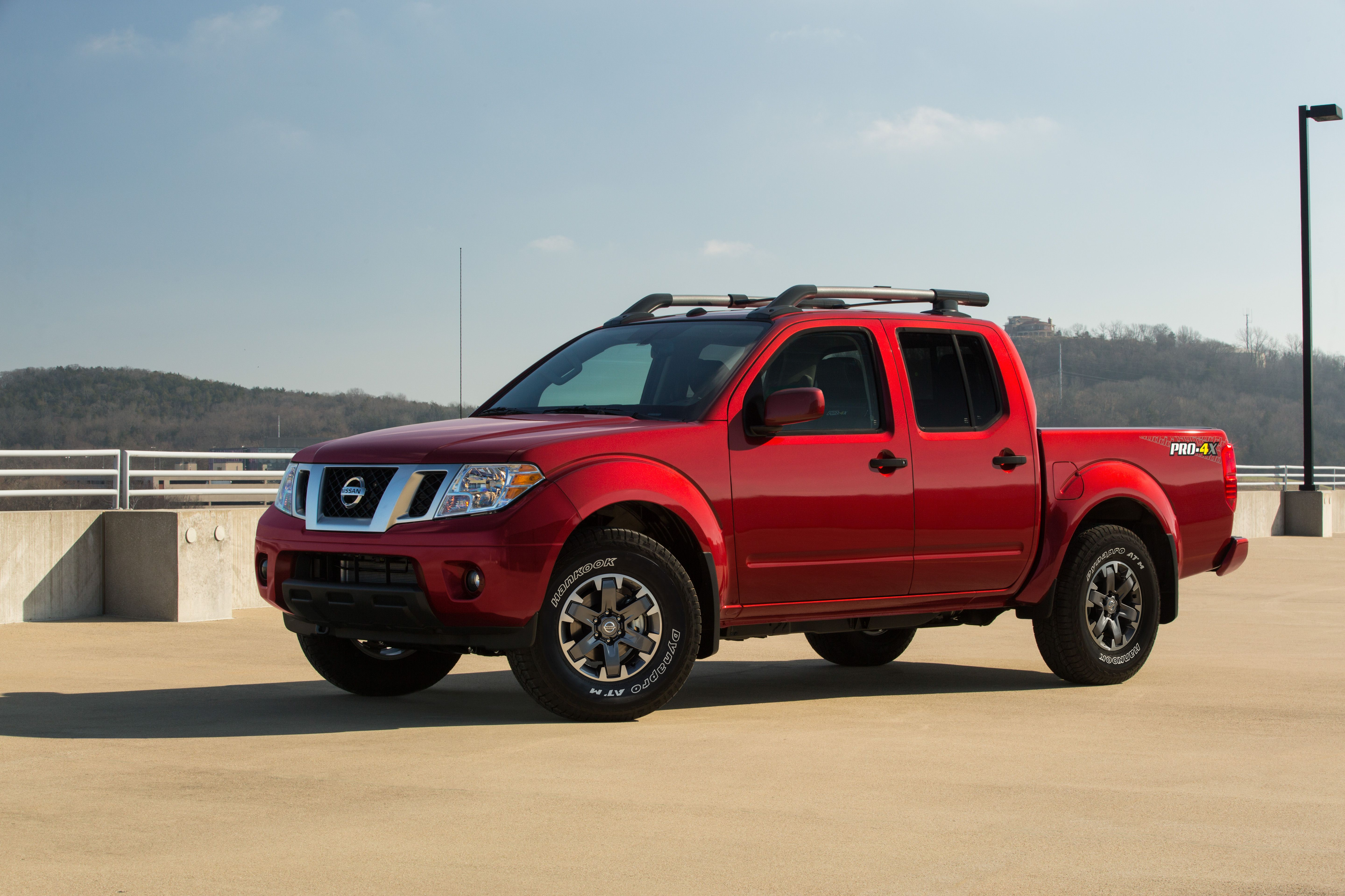 2020 Nissan Frontier Redesign and Review