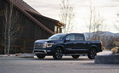 Land vehicle, Vehicle, Car, Pickup truck, Automotive tire, Tire, Motor vehicle, Truck, Rim, Automotive exterior,