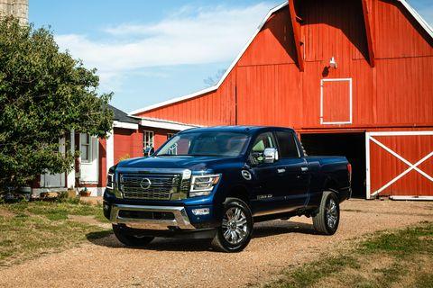 Vehicle, Car, Motor vehicle, Pickup truck, Automotive tire, Tire, Truck, Bumper, Rim, Automotive exterior,