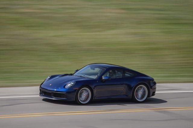 2020 porsche 911 carrera 4s manual