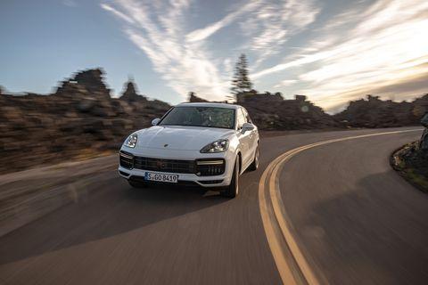 Land vehicle, Vehicle, Car, Luxury vehicle, Automotive design, Performance car, Rolling, Porsche, Porsche panamera, Personal luxury car,