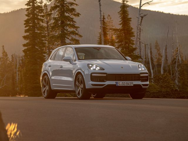 2020 Porsche Cayenne Turbo Turbo S Review Pricing And Specs