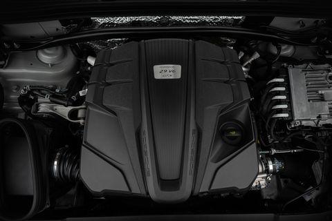 Vehicle, Car, Auto part, Automotive design, Engine, Personal luxury car, Luxury vehicle, Mid-size car, Automotive exterior,