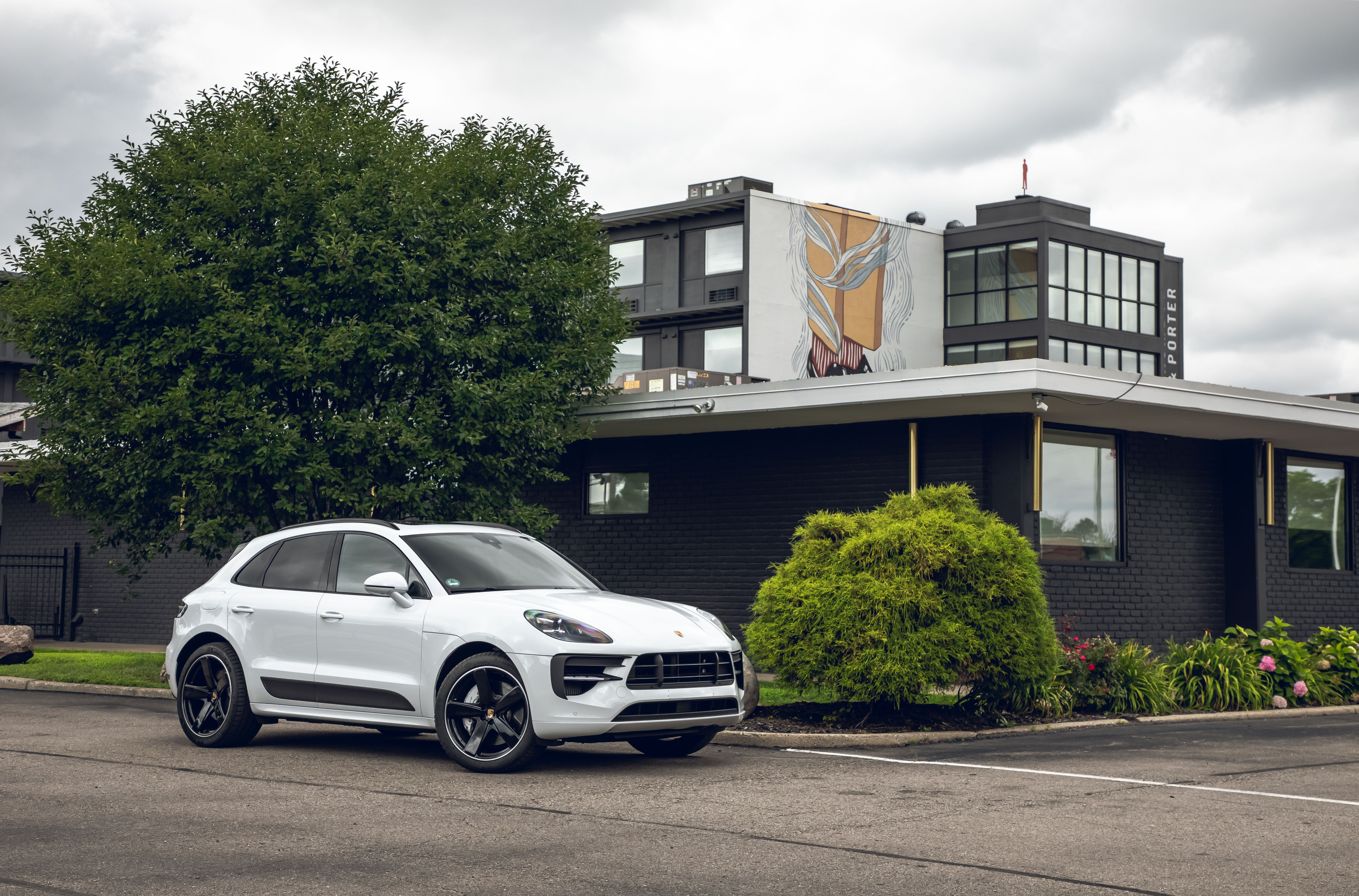 2020 Porsche Macan Review Pricing And Specs