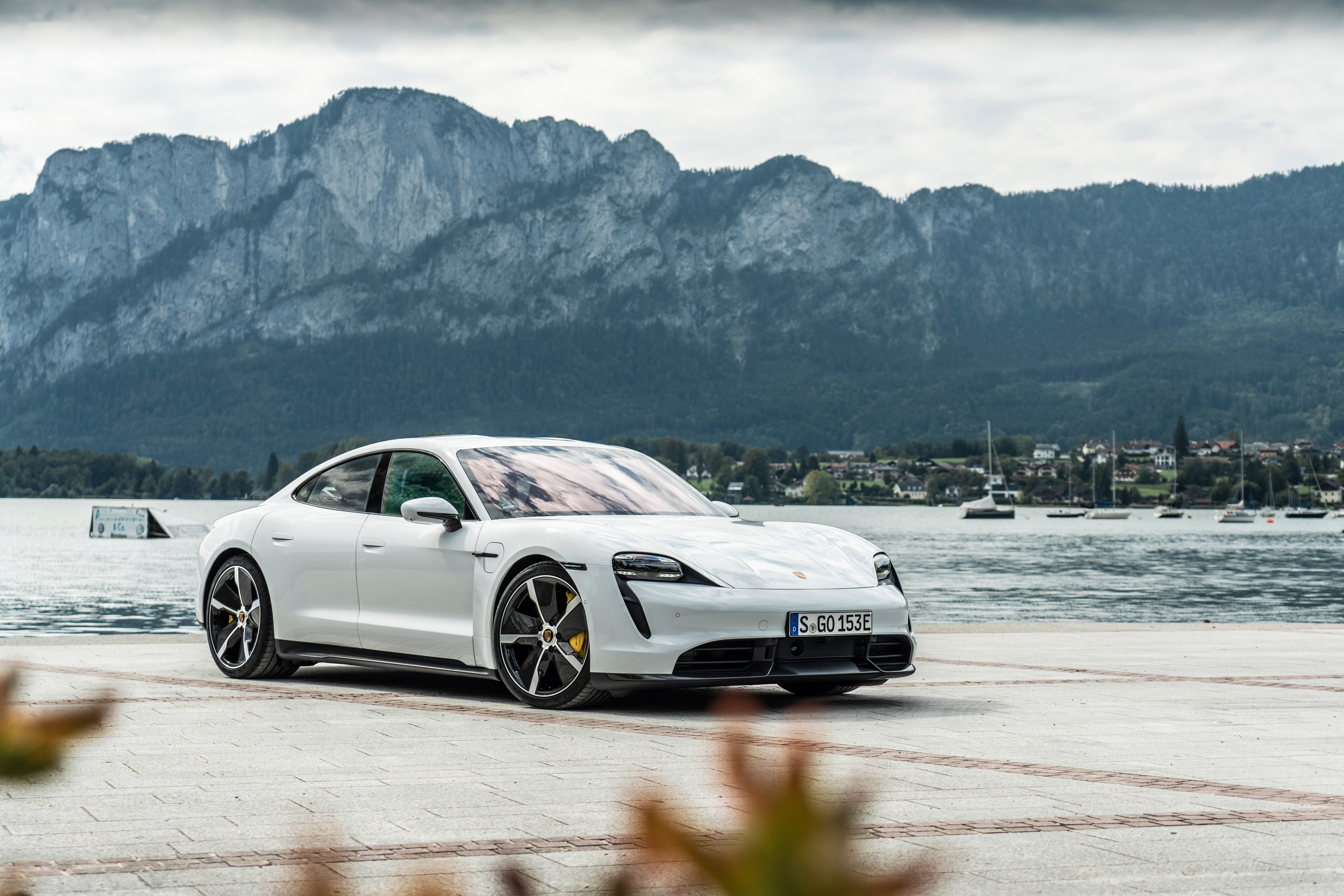2021 Porsche Taycan Review Pricing And Specs