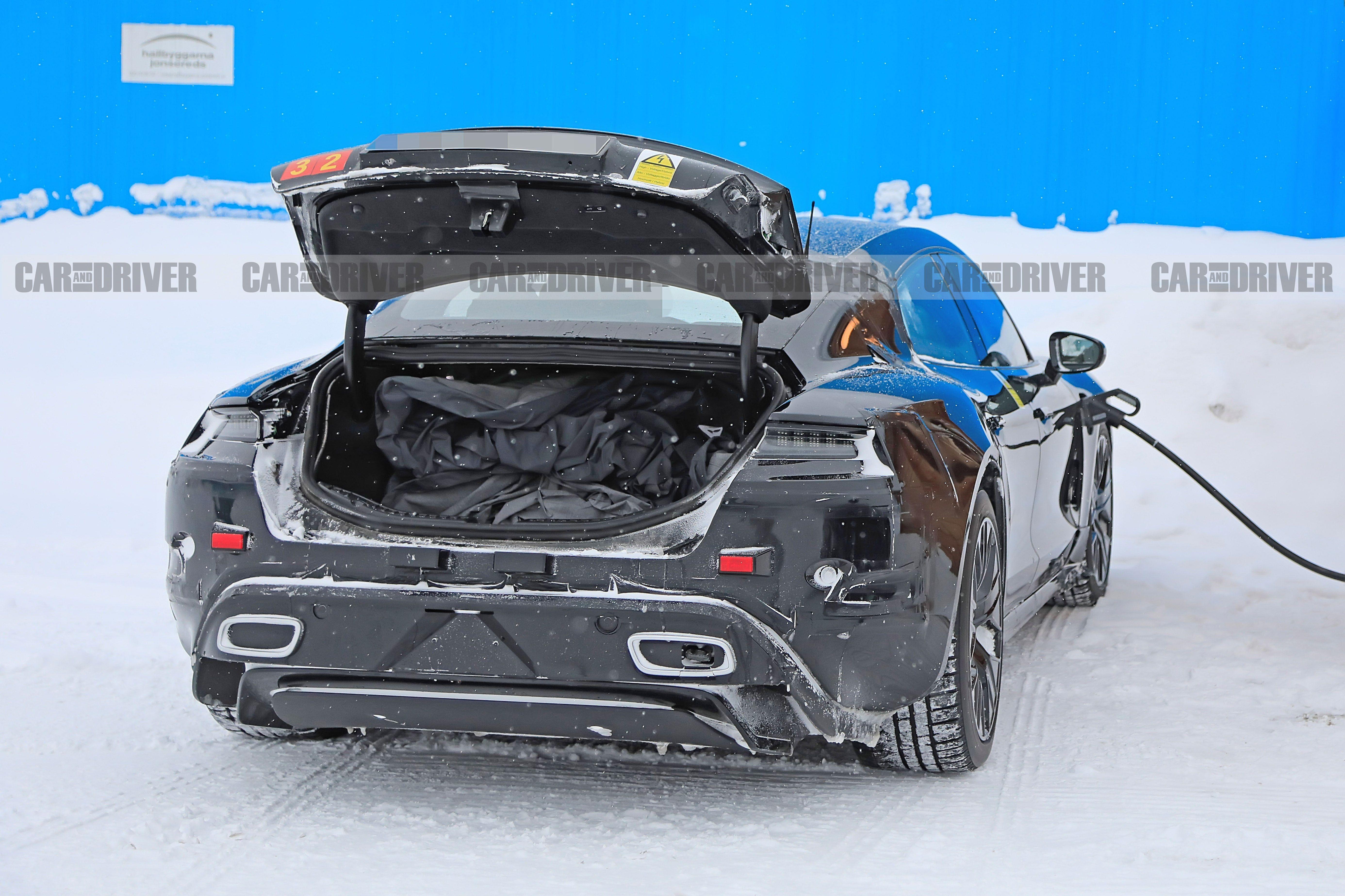 2020 Porsche Taycan spy photo