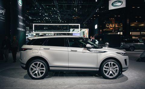 Land vehicle, Vehicle, Car, Automotive design, Sport utility vehicle, Range rover evoque, Auto show, Range rover, Land rover, Automotive tire,