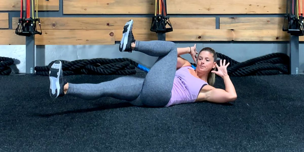 Challenge Your Core Stability With Bodyweight Moves You Can Do Anywhere
