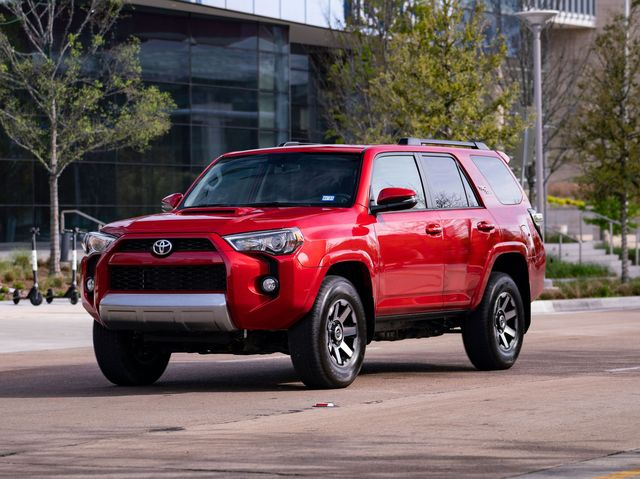 Best Year 4runner >> 2020 Toyota 4runner Review Pricing And Specs