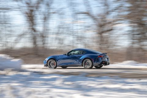 Land vehicle, Vehicle, Car, Sports car, Coupé, Automotive design, Performance car, Supercar, Snow, Sedan,