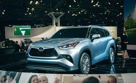 2020 Toyota Highlander Hybrid, Rumors, Specs >> The 2020 Toyota Highlander Is Similar But Sharper Details Specs