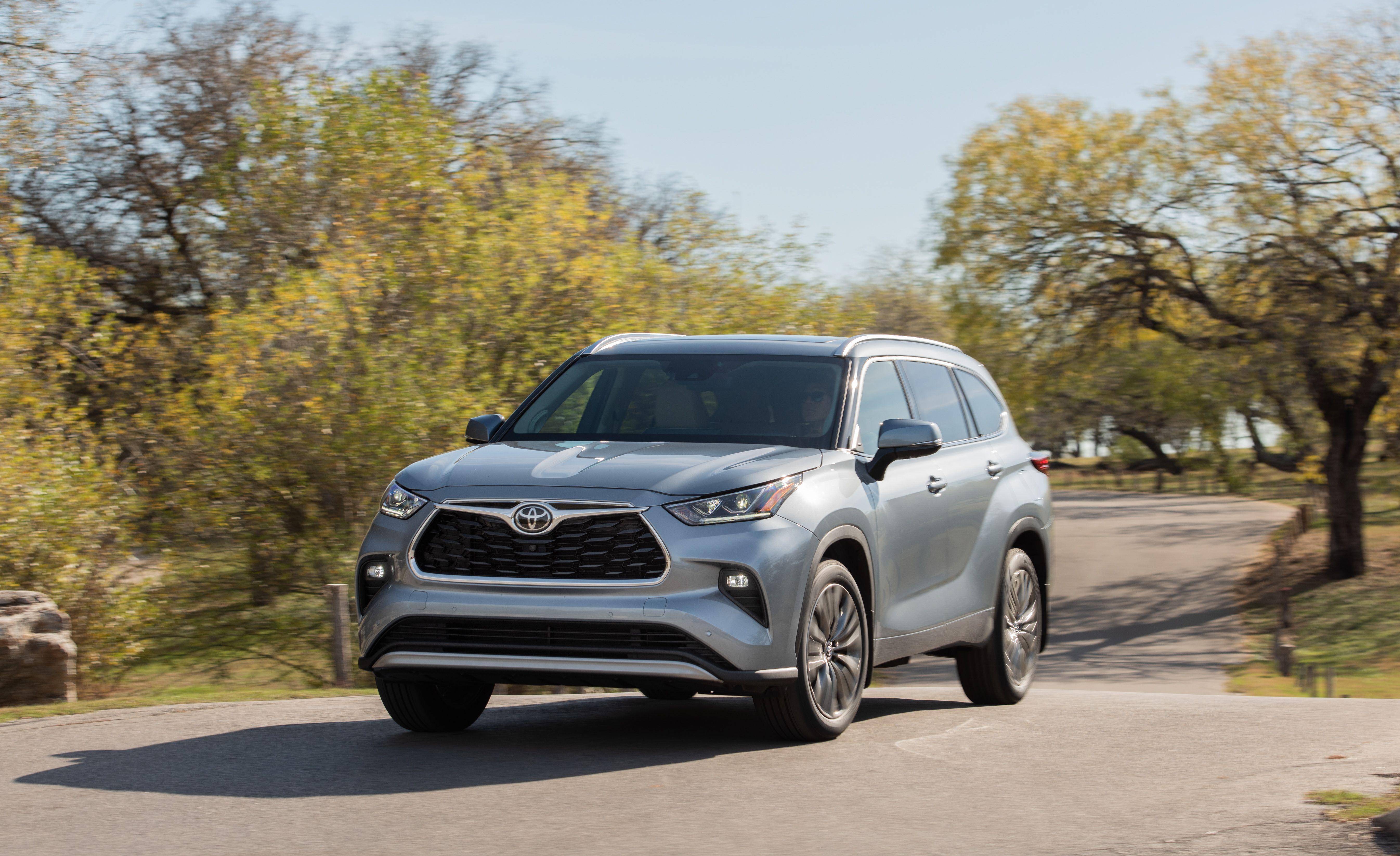 2020 Toyota Highlander Highlander Hybrid Review Pricing And Specs
