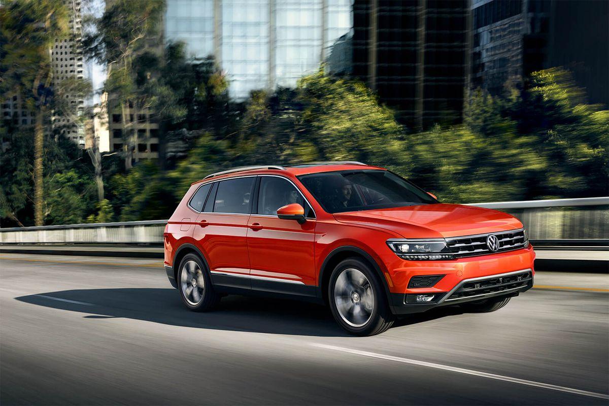 2020 Volkswagen Tiguan Review Pricing And Specs