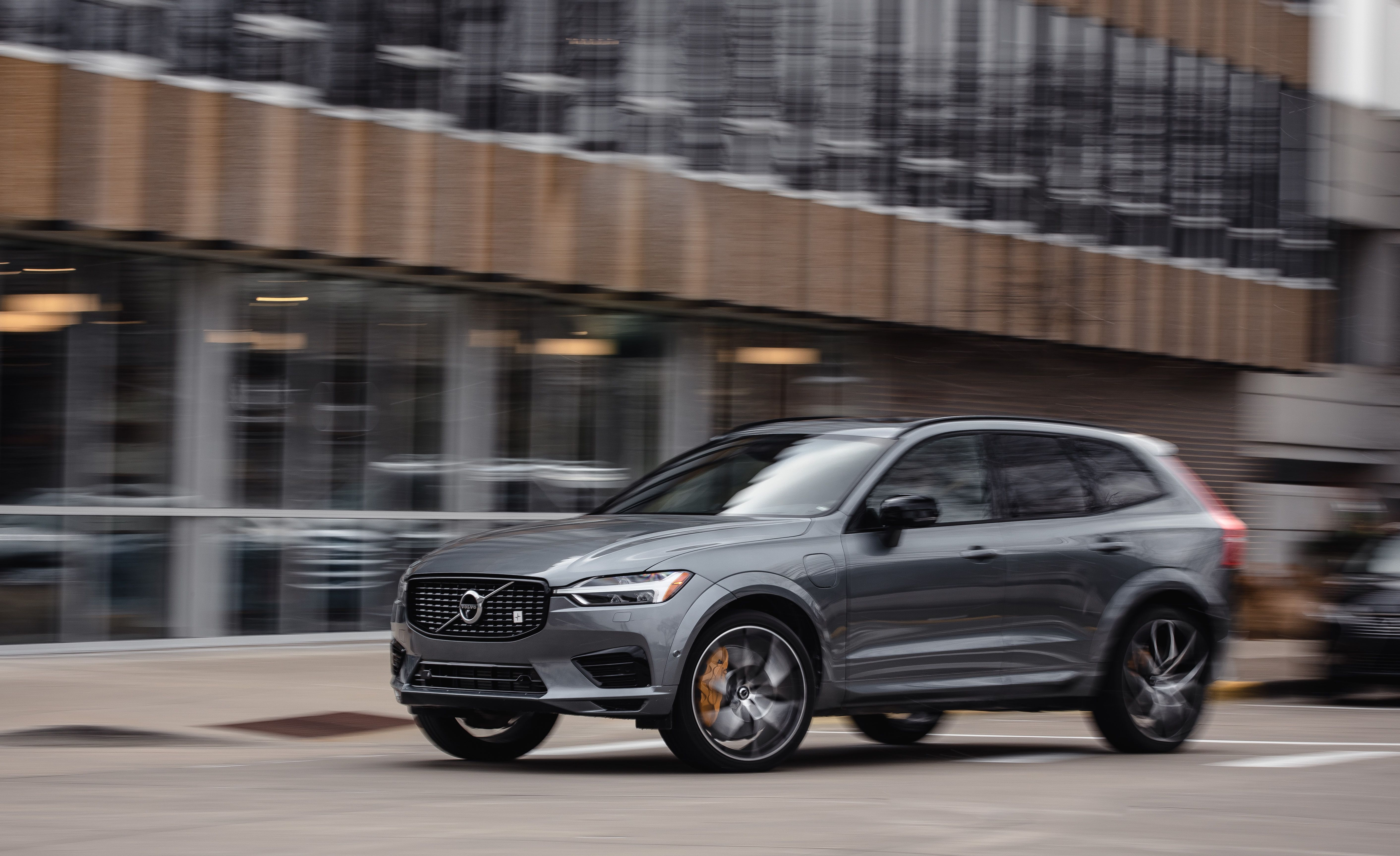 Volvo Xc60 Features And Specs