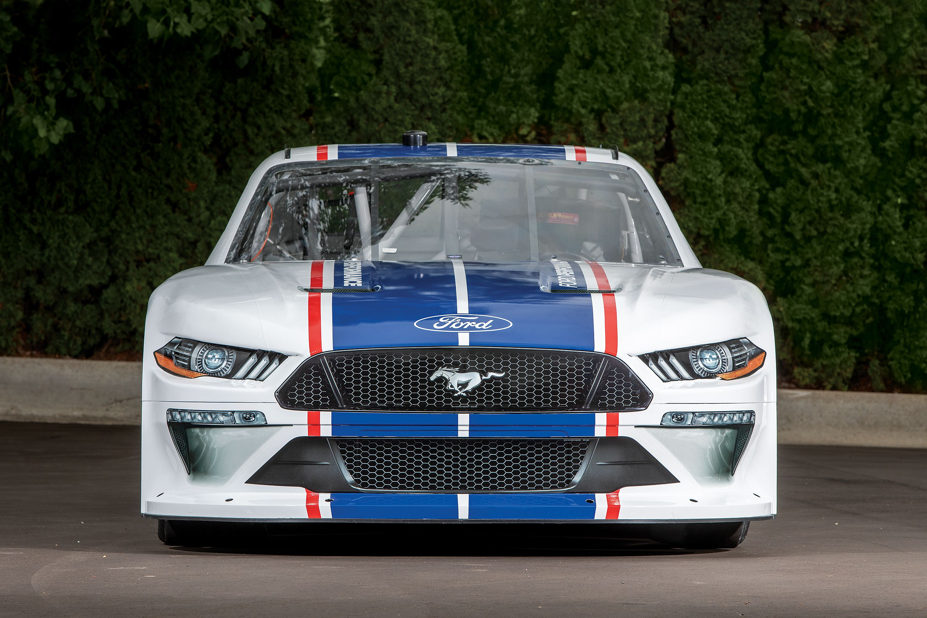Ford Unveils 2020 NASCAR Xfinity Series Mustang ahead of Woodward Dream Cruise