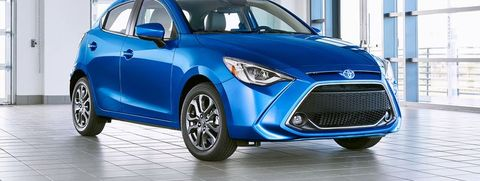 Land vehicle, Vehicle, Car, Motor vehicle, Mid-size car, Automotive design, Mazda demio, Hatchback, Mazda, City car,
