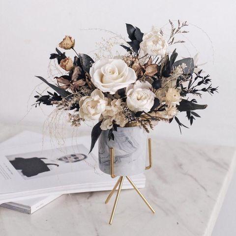 白色花藝 white flower