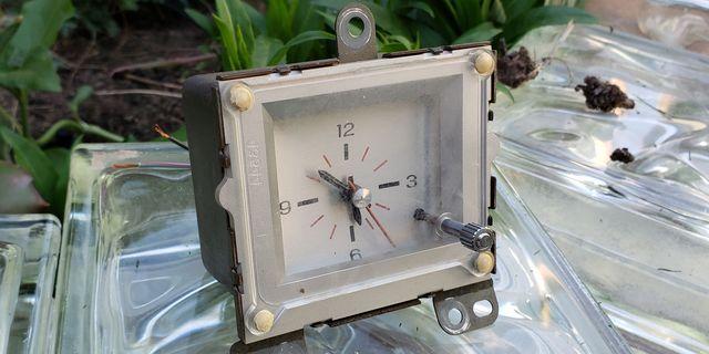 1981 mercury cougar xr 7 dash clock