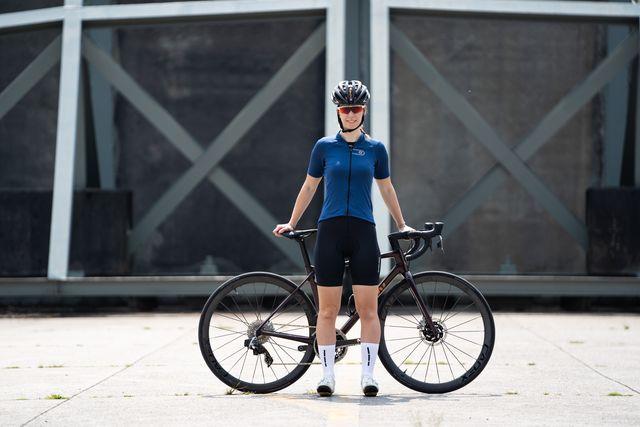 futurum mara fietshirt en fietsbroek