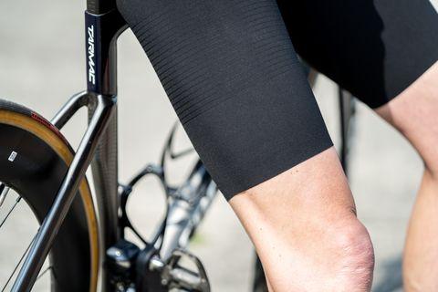 castelli aerorace 60 wielershirt en premio black fietsbroek